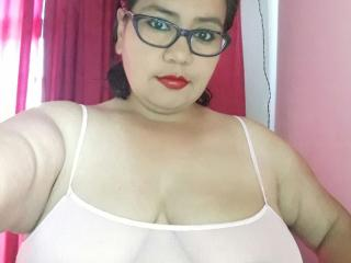 matures  hotbustymelissa sex cam live show 66 87666