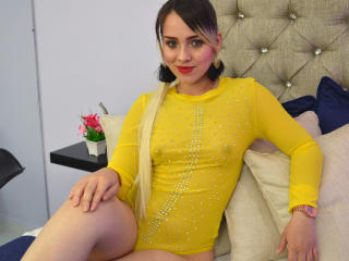 Webcam model AbbyBlake from XLoveCam