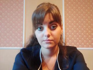 Webcam model AliseGraid from XLoveCam