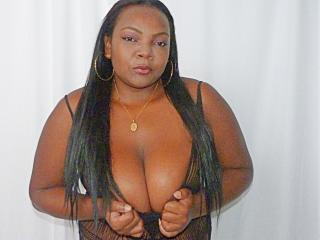 ChocoSweett69 naked breasts