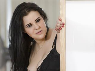 Webcam model CiaraOpen from XLoveCam