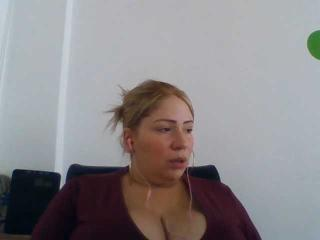 Webcam model GolosaSexy from XLoveCam