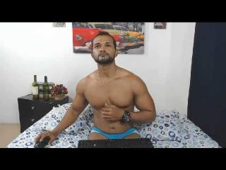 HottestBoyXX webcam