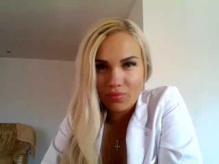 Webcam model JennaBerry from XLoveCam