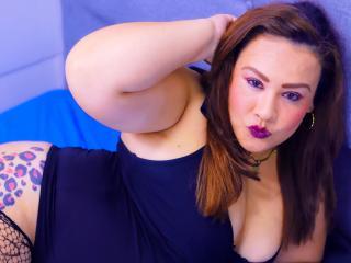 Webcam model JuanaMikelsy from XLoveCam