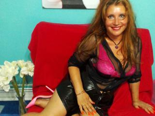 Webcam model MagieBlanche from XLoveCam