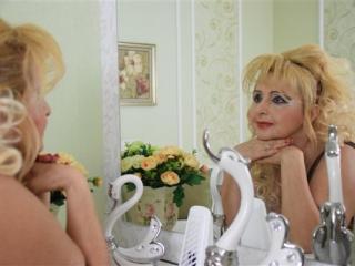 Webcam model MRobam profile picture