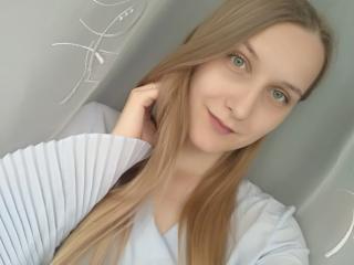 Webcam model MissKathyNice from XLoveCam