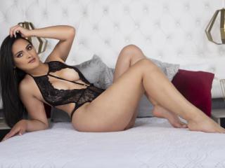 Webcam model NinaGrey from XLoveCam