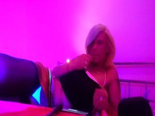 RenataHorny69: Live Cam Show