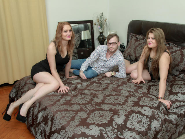 Чат секс для троих прощения