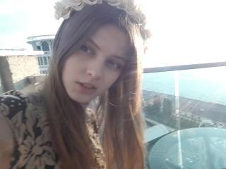 Webcam model MariaJelouse from XLoveCam