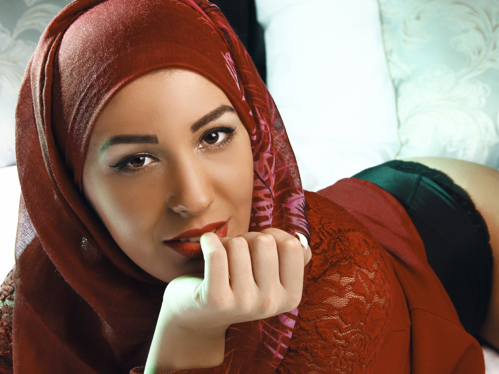 Pussy girl muslim picture — photo 1