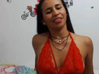 Webcam model Sashabigass from XLoveCam