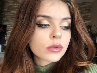 Webcam model JacquelineFlirt from XLoveCam